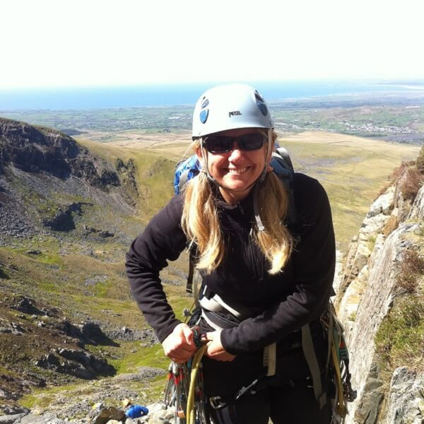 Lowri Climbing